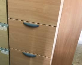 BEECH 4 DRAW FILING CABINET – USED – WITH KEY – WINGHANDLES