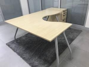 1800 x 1600 Left Hand Curved Ergo Desk with Desk High 3 draw Pedestal – Maple